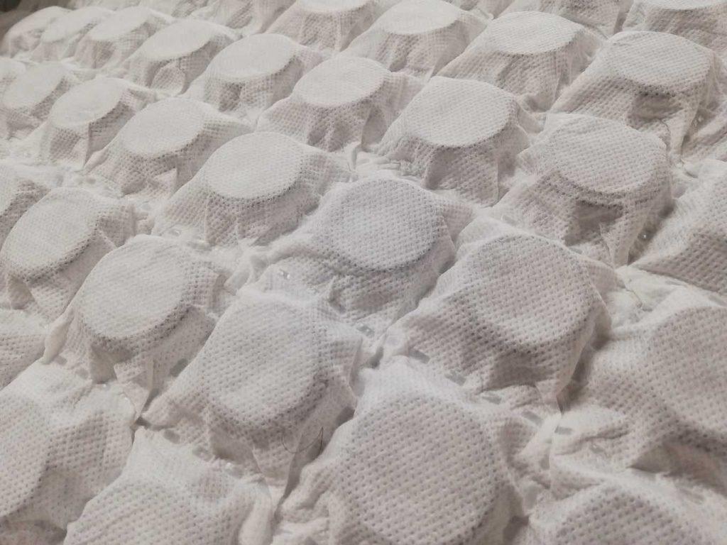 particolare materasso molle indipendenti